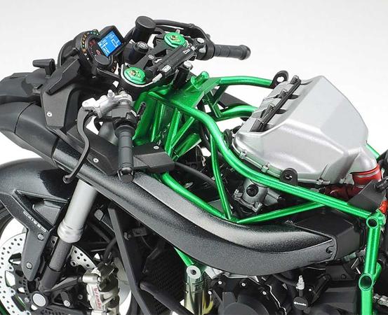 Tamiya 1/12 Motorcycle Series No.136 Kawasaki Ninja H2 Carbon (14136)
